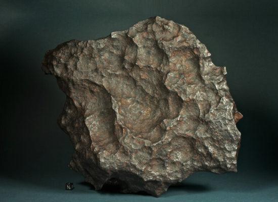 Giebeon-iron-meteorite-1024x607